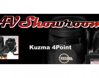 KUZMA 4-POINT EN AV-SHOWROOMS POR PETER BREUNINGER