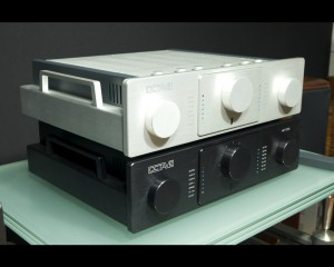 octave hp700 silver & black