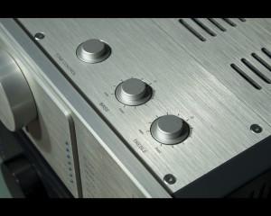 octave hp700 tone control