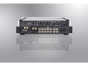 HP700_back